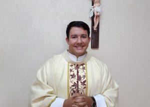Missa de apresentação do novo vigário Padre Fábio Mendes